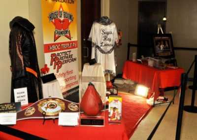 Mini Museum of six generations of champions